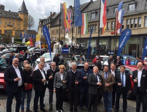 """Autoschau in Mayen 2016 – """"Die Profis – Autos und mehr aus Mayen"""""""